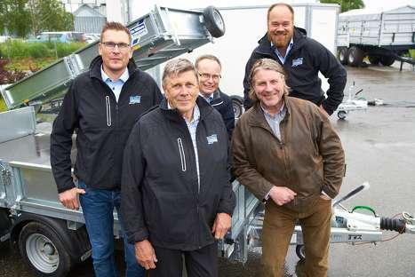 Fra venstre: Sigurd Duenger, Nils Duenger, Hans Petter Dobloug, Håvard Brynjulvsrud ( A-K Maskiner ) Bak til høyre: Truls Gilhemoen